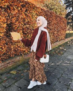 Pinterest: @Locamente Sub for more Hijab Looks