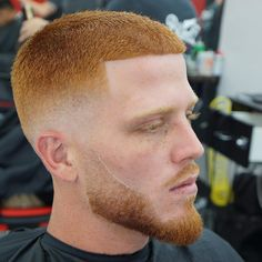 These short hairstyles are low maintenance but high style. From close cropped buzz cuts to a couple inches long, all these men's hairstyles have detail that goes beyond your average cut. There is something here for all hair types. For thick, Short Quiff Haircut, Very Short Haircuts, Tapered Haircut, Haircuts For Fine Hair, Haircuts For Men, Beard Haircut, Men's Haircuts, Moustaches, Cool Hairstyles For Men