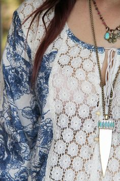 Boho styling! Blue prints, lace details and layered jewellery - Full #outfitpost on #stylescoop www.stylescoopblog.com