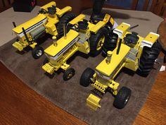 MM rebuilt 3 , one is a Cottonwood Acres by Wally Hooker. Agriculture Tractor, Farming, Minneapolis Moline, Farm Images, Old Farm Equipment, Farm Toys, Hot Rides, Model Building, Diecast