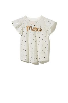 The Anna short sleeve appliqué tee is a favourite in every girls wardrobe. Featuring a pretty sequin or fabric appliqué in a soft jersey material with pretty butterfly sleeves. Looks great paired back with any bottoms or over our popular huggies tights. <p>100% cotton jersey(non fluoro). 50% cotton/50% polyester jersey (fluoro)</p>