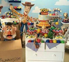 Tema Toy Store