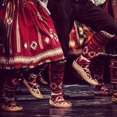 Serbian folk costume from vicinity of Pcinja (southern Serbia )*ansambl KOLO foto Jelena Janković suknja PERVAZ