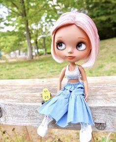 Diy Barbie Clothes, Ball Jointed Dolls, Cute Dolls, Blythe Dolls, Fashion Dolls, Disney Characters, Fictional Characters, Disney Princess, Skateboarding