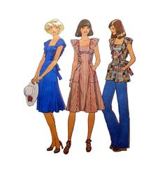 """Retro 70's Style Dress or Top with Self Ruffles Simplicity 7438 Misses' Size 8 - 10 Bust 31 1/2 - 32 1/2"""" Vintage 1970's Sewing Pattern"""