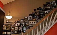 Fotoğraf kolajlarını sadece kendinize ait resimlerle değil farklı tasarımlarda ilginç çerçeveli, yazılar, tabelalar veya film posterleri ile çerçeveli şekilde oluşturabilirsiniz. Kolayla