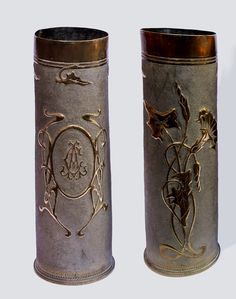 The Mother of All Trench Art Clocks' made from artillery shells and rifle bullets. Description from pinterest.com. I searched for this on bing.com/images