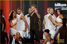 Performing #Vida! Billboard 2014