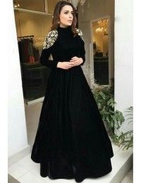 <img> Black tapeta silk embroidered partywear gown Source by - Indian Gowns Dresses, Indian Fashion Dresses, Dress Indian Style, Indian Designer Outfits, Pakistani Dresses, Designer Dresses, Black Indian Gown, Sabyasachi Gown, Bridal Anarkali Suits