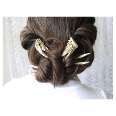 Hair Forks Deer Antler Hair Sticks Set of Two Unusual Taxidermy Hair... ($128) found on Polyvore These are the coolest. Can't afford, but wow.