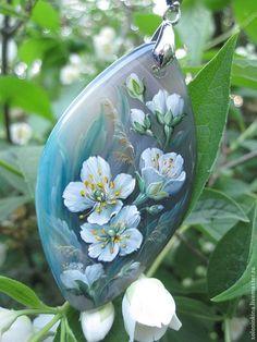 Seashell Painting, Pebble Painting, Pebble Art, Stone Painting, Rock Flowers, Pin Art, China Painting, Russian Art, Stone Art