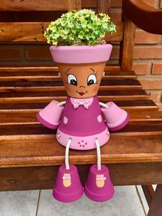 10 Best Diy Clay Pot Crafts Ideas And Designs For 2020 www. 10 Best Diy Clay Pot Crafts Ideas And Designs For 2020 www. Flower Pot Art, Flower Pot Design, Clay Flower Pots, Flower Pot Crafts, Clay Pot Projects, Clay Pot Crafts, Diy Clay, Flower Pot People, Clay Pot People