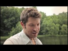 """Brett Eldredge - """"Mean To Me"""" [Acoustic]"""
