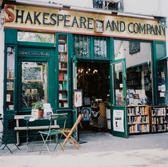 shakespear and company paris   emily delamater photography