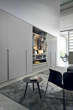 jolies portes de placard gris pour le placard miroir