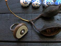 Anello regolabile in metallo tono color di LaFormaDellAcqua