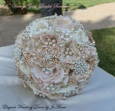 VINTAGE GOLD Bridal Bouquet - Beautiful Blush Pink and Gold Bridal Brooch Wedding Bridal Bouquet, Wedding Bouquet, Brooch Bouquet Wedding brooch bouquet. Custom made vintage wedding brooch bouquet by glam bouquet. Shop for wedding brooch bouquets at http://glambouquet.com