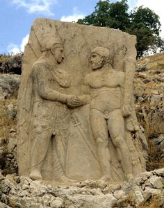 Mithriades and Herakles,relief from Arsameia on Nympharos, Nemrut Adıyaman Ancient Greek Art, Ancient Romans, Ancient Greece, Middle Eastern Art, Have A Nice Trip, Archaeology, Les Oeuvres, Mount Rushmore, Sculptures
