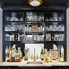 Luxury home bar design ideas Home Bar Rooms, Home Bar Decor, Home Wet Bar, Bars For Home, Wet Bar Basement, Basement Ideas, Basement Renovations, Home Bar Designs, Wet Bar Designs