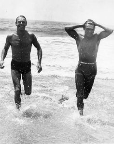 In the rumours spread fast that two very handsome Hollywood heartthrobs at the time, Cary Grant and Randolph Scott, were in a romanti.