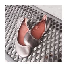 Lucky Brand flats So perfect and in great shape! Color has an under hue of metallic. Lucky Brand Shoes Flats & Loafers