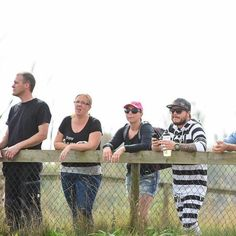 Thursday outfit  -> #repost Reppar BIG TIME på MX Syd i Skivarp  #wizmx #dwbtoftshit #ambassador #teamrider #sht #in4life #in4lifecollection #snapback #blackcamo #rynopower #rynopowereu #rynopowereuarmy #swag #mx #moto #motocross #kollarracemonitor #depåhäng #allin @dwbtoftshit @rynopowereurope  @crossmorsfoto www.dwbtoftshit.com