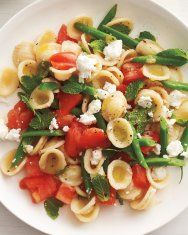 Raw Tomato and Green Bean Pasta Salad