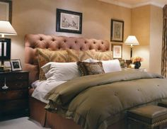 Master bedroom - This bed makes you want to climb in! Soothing, fluffy and good colors!