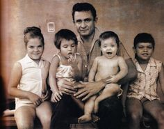 Johnny Cash w/his four Daughters