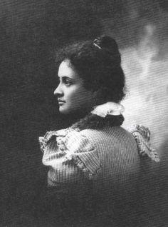 Victoria Kaʻiulani Kalaninuiahilapalapa Kawekiu i Lunalilo… | jeff watson