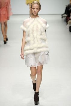 Christopher Kane Spring/Summer 2009 Ready-To-Wear Collection   British Vogue