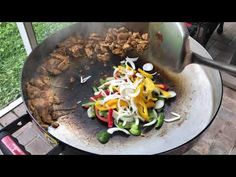 Our new Fire Disc has been seasoned and we are ready to try it out. First meal was an easy one, chicken fajitas. Fire Cooking, Chicken Fajitas, Camping Meals, Stoves, Wok, Healthy Eats, Cooker, Recipies, Cooking Recipes