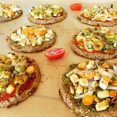 Pizzetas de coliflor   la gloria vegana Vegetable Pizza, Vegetarian Recipes, Vegetables, Fit, Healthy Recipes, Cauliflowers, Vegetarian Food, Vegans