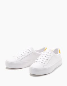 Lace-up platform sneakers with yellow detail - SHOES - Bershka Ukraine