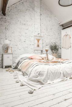 Scandinavian Bedroom Ideas-043-1 Kindesign
