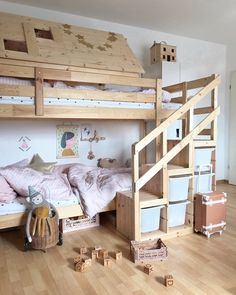 well made .- well made… . Bei dem Thema der musste ich di… well made … . On the subject the I had to think directly of the loft bed in the children's room. Kids Bedroom Designs, Baby Room Design, Bedroom Loft, Baby Bedroom, Chambre Nolan, Kura Ikea, Parents Room, Canapé Design, Kidsroom
