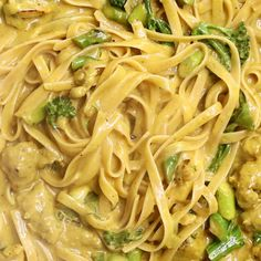 Did you ever think curry and pasta would mix? Neither did we until now made with Keens Curry Powder. Easy Dinner Recipes, Easy Meals, Curry Pasta, Spagetti Recipe, Italian Pasta Recipes, Pasta Dinners, Recipes From Heaven, Curry Powder, Dessert For Dinner