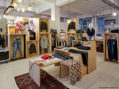 FormRoom for Levi's   Showroom Interior Fit-Out   #Levis #Showroom #Interior #Design #Display #Retail #RetailInterior #StoreDesign #RetailDesign #InteriorDesign #RetailDisplay