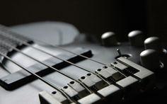 1 vídeo conta a história do contra-baixo – sao 45 músicas em 8 minutos http://www.bluebus.com.br/1-video-conta-historia-contra-baixo-sao-45-musicas-em-8-minutos/