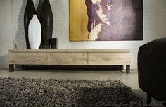 Strak en stoer eiken Tv-meubel Bruut - Woonwinkel Alle Pilat