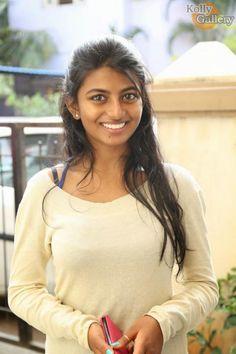 Actress Anandhi