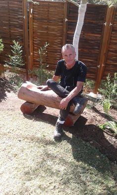 Flint stump garden bench Bench, Adventure, Garden, Garten, Fairytail, Table, Gardens, Couch, Fairytale
