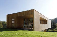 Casa bajo los robles por Juri Troy architects, confort pasivo   Catálogodiseño