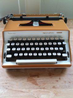 vintage manual typewriter Remington