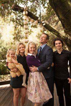 Parenthood: Hank and Sarah's Wedding Album Photo: 2208281 - NBC.com