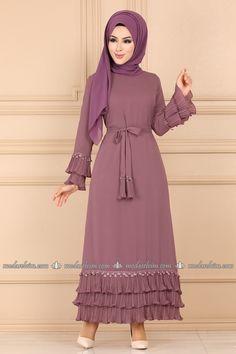 Abaya Fashion, Muslim Fashion, Modest Fashion, Fashion Dresses, The Dress, Dress Skirt, High Neck Dress, Eva Mendes Collection, Modele Hijab