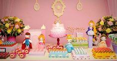 Temas tradicionais de festas infantis ganham decorações inovadoras. Festa Tema Princesas. Veja outros temas para meninas e meninos http://www.seuevento.net.br/uberlandia/artigos-e-dicas/11/12/2013/temas-tradicionais-de-festas-infantis-ganham-decoracoes-inovadoras/