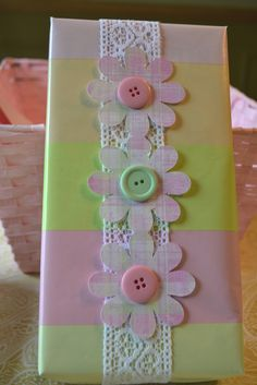 Corner of Plaid and Paisley: Baby Shower Gift Wrap ideas
