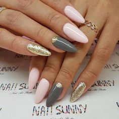 Фото маникюра на июнь 2017, маникюр лето 2017, весенний дизайн ногтей, летний маникюр 2017, маникюр с росписью, дизайн ногтей хлопьями юки, стильный маникюр