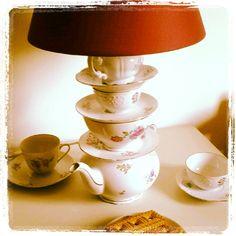 Tea pot lamp - miss lamparita